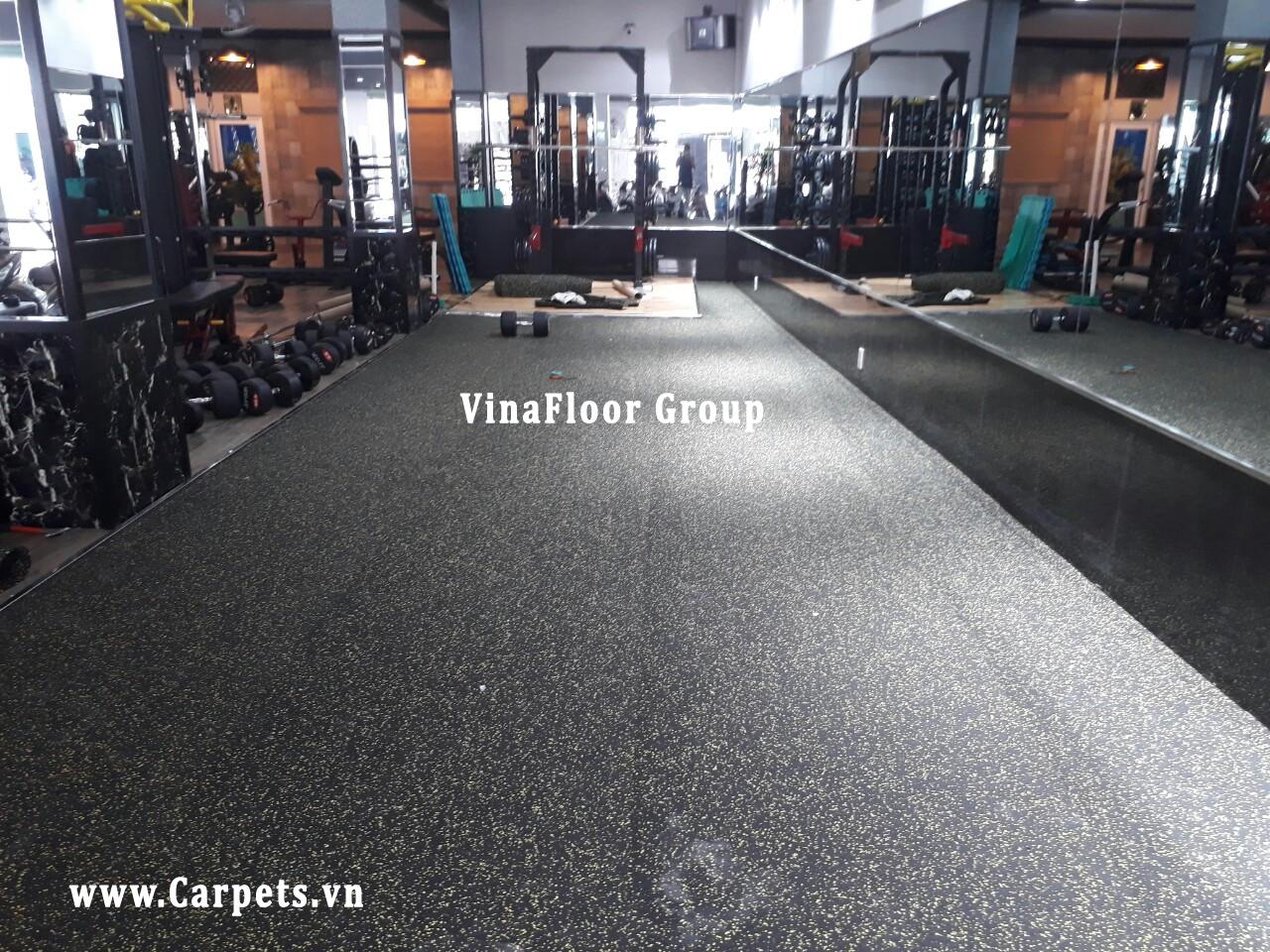 Công trình thi công Sàn cao su cho Trung tâm thể hình Dũng Gym (390 Nguyễn Kiệm, Phú Nhuận)