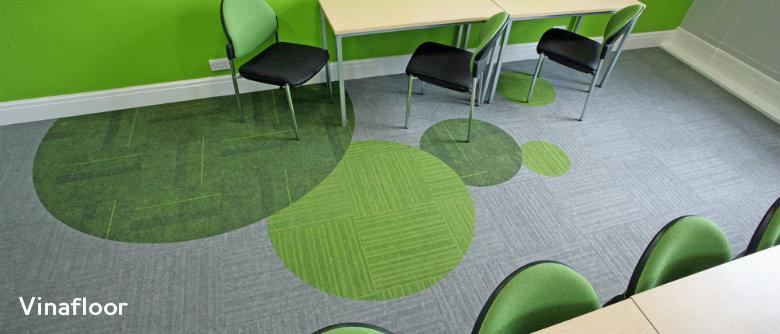 thảm sàn màu xanh